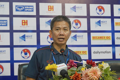 Thua đau U18 Campuchia, HLV Hoàng Anh Tuấn từ chức