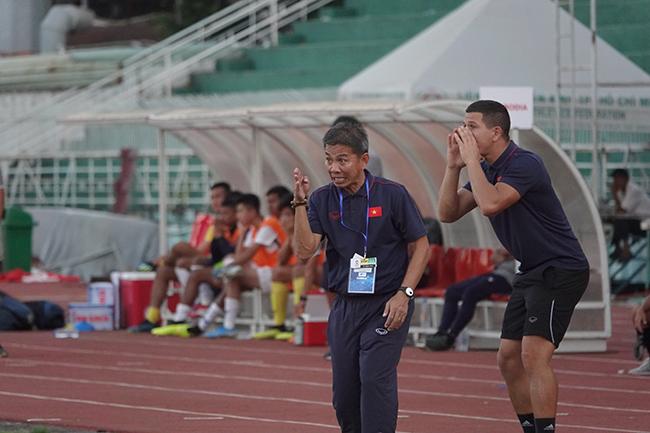 U18 Việt Nam thảm bại, sự thật phía sau HLV Hoàng Anh Tuấn 'bay ghế'
