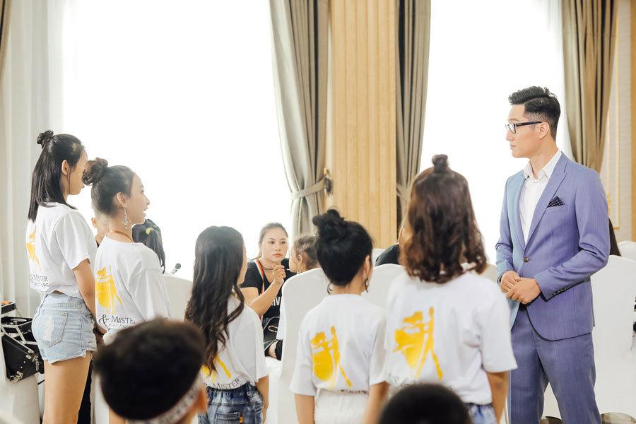 Chí Nhân làm host tìm kiếm hoa hậu và nam vương trong tương lai
