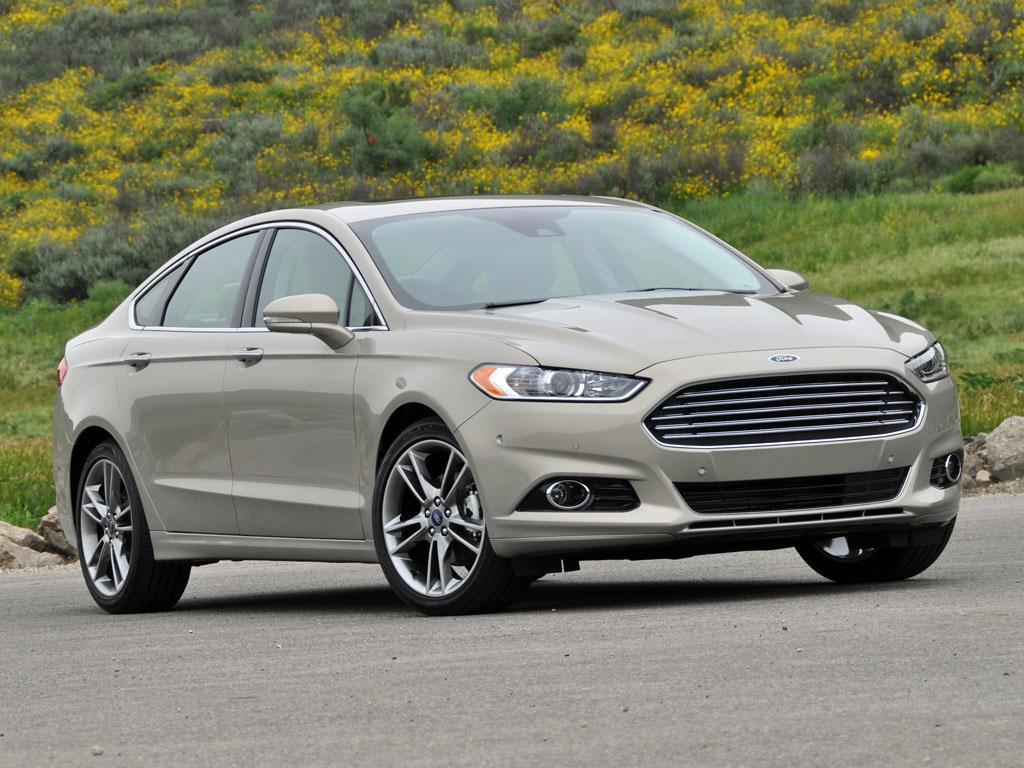 Ford triệu hồi hơn 100.000 xe do lỗi đai an toàn