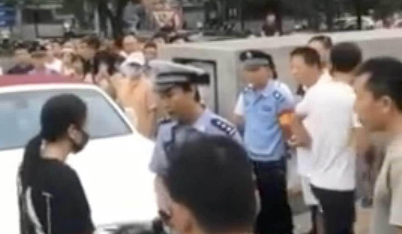 đỗ xe ẩu,tài xế,tài xế nữ,Trung Quốc