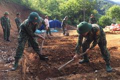 Khởi công xây nhà thứ 2 ở A Mú Sung