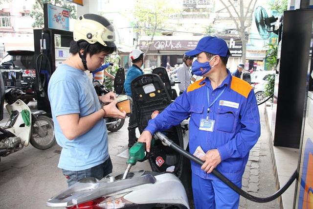 giảm giá xăng,giá xăng,giá xăng dầu,giá dầu thô,giá dầu,xăng RON92,xăng E5