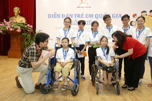 VN children raise their voices on important issues