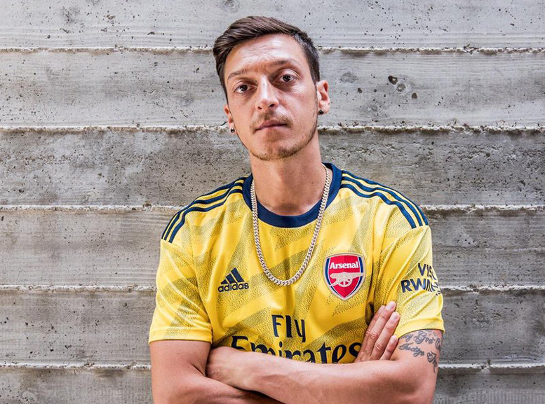 MU,Solskjaer,Sean Longstaff,Mesut Ozil,Arsenal
