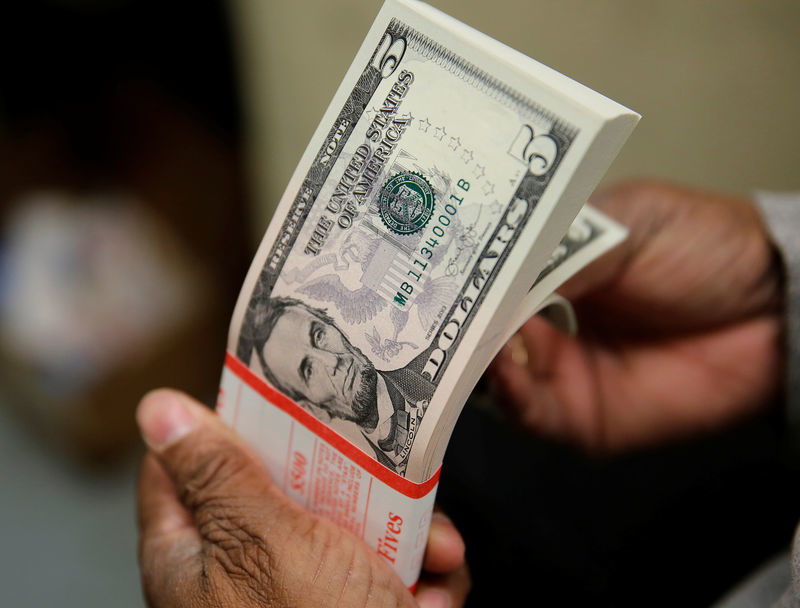 Tỷ giá ngoại tệ ngày 21/9, USD và bảng Anh tăng giá