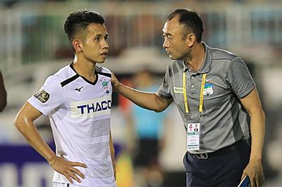 HLV Lee Tae Hoon kêu gọi cầu thủ HAGL đoàn kết để trụ hạng