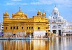 'Lóa mắt' ngôi đền bằng vàng bên hồ nước thiêng, phục vụ 100.000 suất ăn miễn phí mỗi ngày