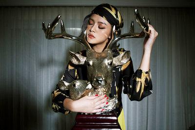Hậu 'Về nhà đi con' Thu Quỳnh lột xác với thời trang đương đại