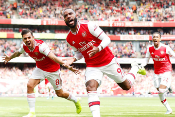 Aubameyang rực sáng, Arsenal toàn thắng 2 trận liền