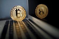 Vietnamese keen on cryptocurrencies: surveys