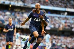 Man City 2-2 Tottenham: Moura gỡ hòa khi vừa vào sân (hiệp 2)