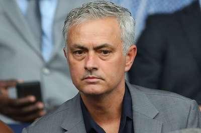 Mourinho thổn thức sau 8 tháng 'bay ghế' ở MU