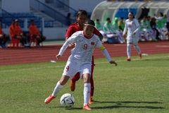 Tuyển nữ Việt Nam thắng Indonesia 7-0, đoạt vé bán kết sớm