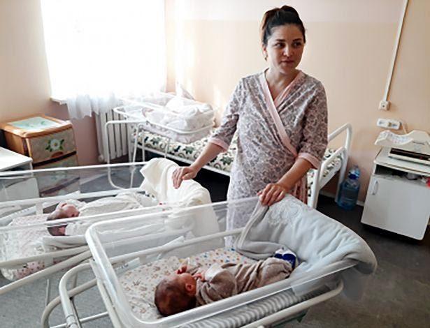 Kazakhstan,song sinh,cặp sinh đôi