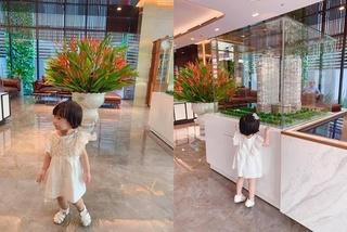 Con gái hoa hậu Đặng Thu Thảo càng lớn càng đáng yêu