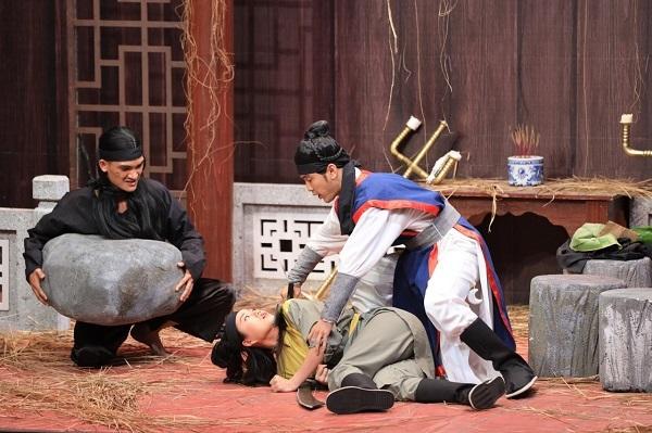 Ưng Hoàng Phúc khiến Lâm Vỹ Dạ, Mạc Văn Khoa á khẩu ở Ơn giời