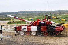 Xem xe tăng Nga lập kỷ lục tốc độ