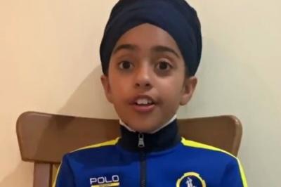 Bé gái 10 tuổi nước Anh truyền tải thông điệp khi bị bạn bè xa lánh