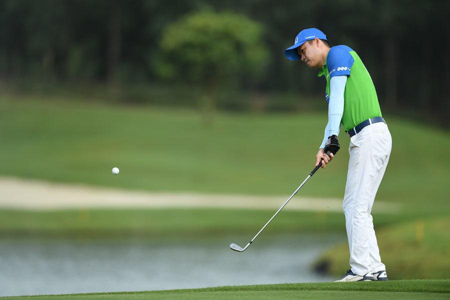 Golfer Lê Công Dũng vô địch giải đấu có tiền thưởng 'khủng'