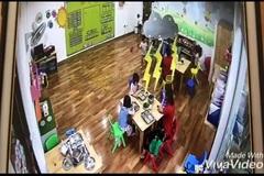 Cơ sở mầm non có cô giáo nhốt trẻ vào tủ quần áo chưa đủ điều kiện hoạt động