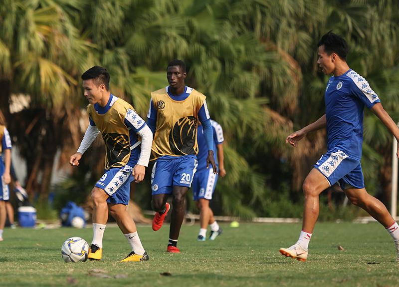 Quang Hải, Duy Mạnh sẵn sàng đấu tuyển Turkmenistan thu nhỏ