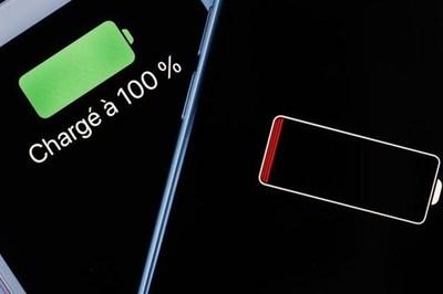 Vì sao Apple muốn người dùng thay pin iPhone chính hãng?