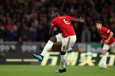 Video Pogba đá hỏng penalty từ góc quay trên khán đài