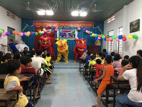 Charity class,orphans,autism,disabilities,social news,vietnamnet bridge,english news,Vietnam news,vietnamnet news,Vietnam latest news,Vietnam breaking news,Vietnamese newspaper,news vietnam