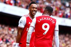 Arsenal thưởng đậm bộ đôi Aubameyang - Lacazette