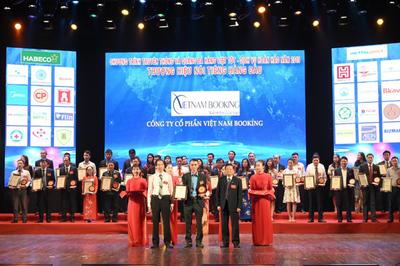 Vietnam Booking được vinh danh Top 20 thương hiệu nổi tiếng hàng đầu