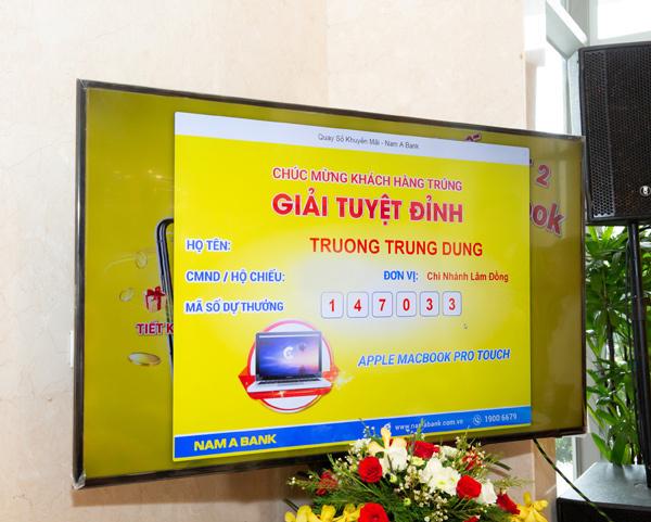Thêm nhiều khách hàng Nam A Bank trúng siêu phẩm công nghệ