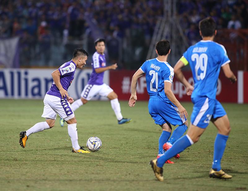 """Ông Hải """"lơ"""": Quang Hải giúp thầy Park dễ thở khi đấu Thái Lan"""