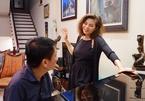 Ngọc Anh 3A cất tiếng hát trong căn nhà của Phú Quang