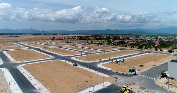 Bright Land công chứng 'sang sổ' cho khách mua dự án KĐT ven biển Tuy Hòa
