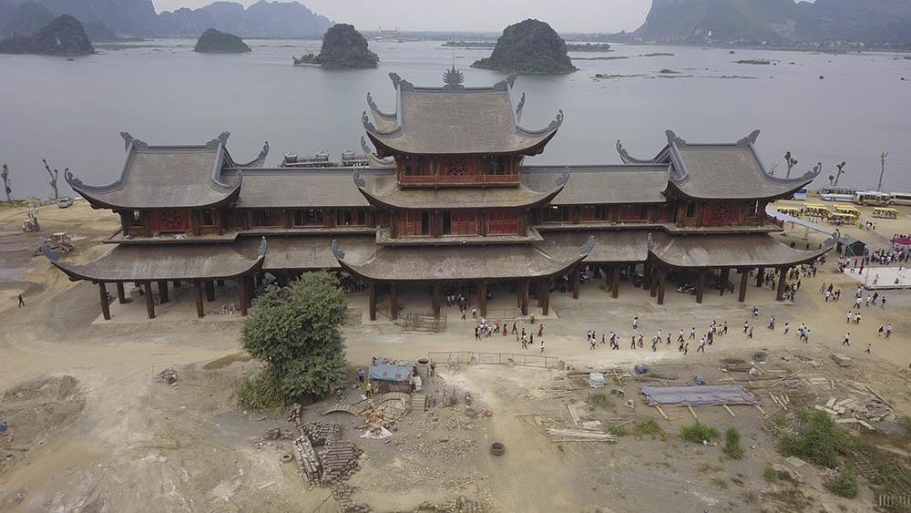 Tổng cục Quản lý đất đai phản hồi việc cấp đất xây chùa