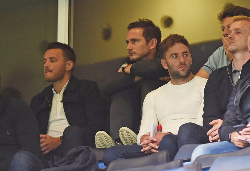 Lampard trao ấn kiếm cho 'sát thủ' Bỉ, fan Chelsea reo vui