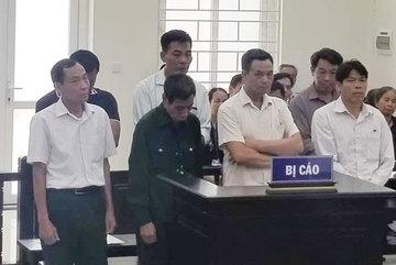 Bán gần 10.500m2 đất công, 'quan xã' Hà Nội thu ngót 18 tỷ