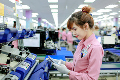 VN businesses oppose reduction of working hours