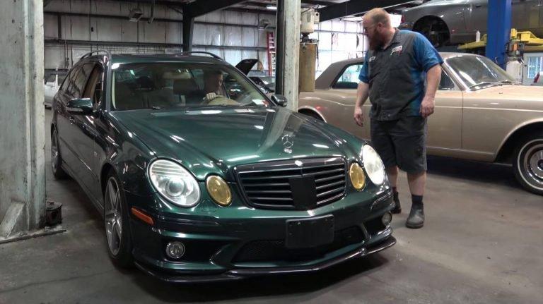 Mua xe Mercedes 12 năm tuổi chỉ 300 triệu, chủ xe ăn quả đắng