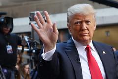 Ông Trump thật sự mất 5 tỷ USD vì làm tổng thống Mỹ?