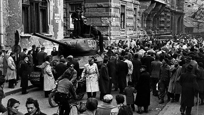 Những sự kiện chấn động thế giới thời Chiến tranh Lạnh (I)
