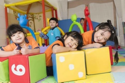 Hanoi announces 11 approved international schools