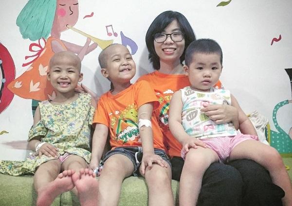 Dự án mang niềm vui cho bệnh nhi của cô gái trẻ từng thoát ung thư máu