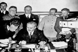 Hé lộ lý do Liên Xô ký hòa ước với phát xít Đức