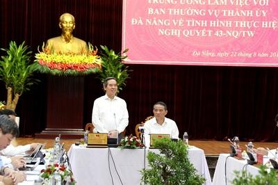 Ông Nguyễn Văn Bình, phá vỡ quy hoạch, người trước cản trở người sau