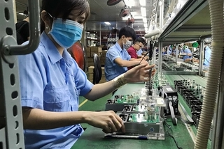 Vietnam is Asia's bright spot amid trade tensions: UOB report