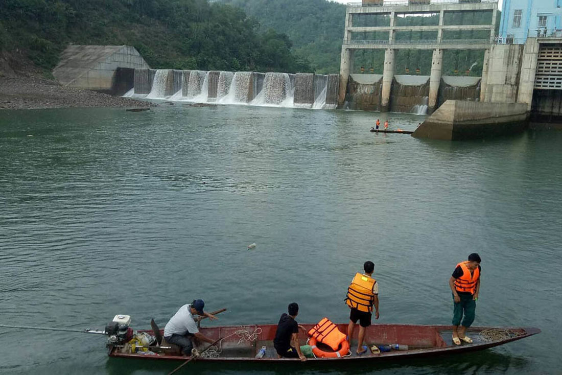 Xả nước thủy điện gây chết người, 2 nhân viên ở Nghệ An bị khởi tố