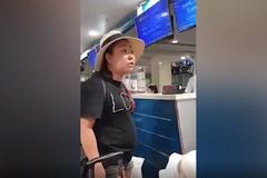 Nữ cán bộ công an thóa mạ nhân viên hàng không bị phạt 200 ngàn