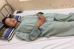 Cô gái 18 tuổi nhập viện cấp cứu do hít bóng cười